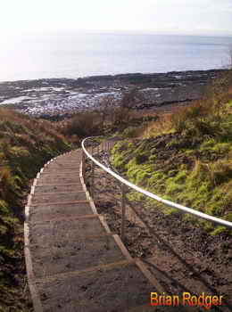 wemyss caves, macduff castle, steps down towards the shore