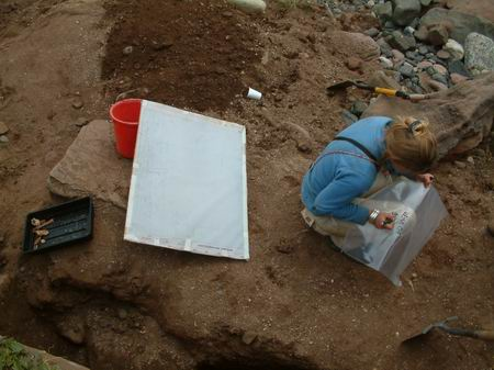 wemyss caves, bagging material beach excavation