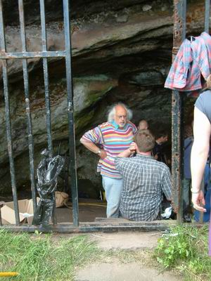 wemyss caves, mick aston in conversation jonathon's cave